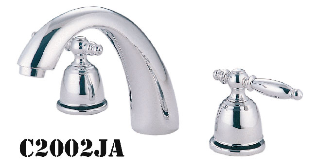 Two Handle Lavatory Faucets Widespread